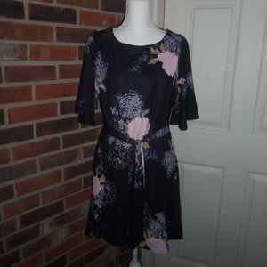 Shift Dress With Tie Belt S